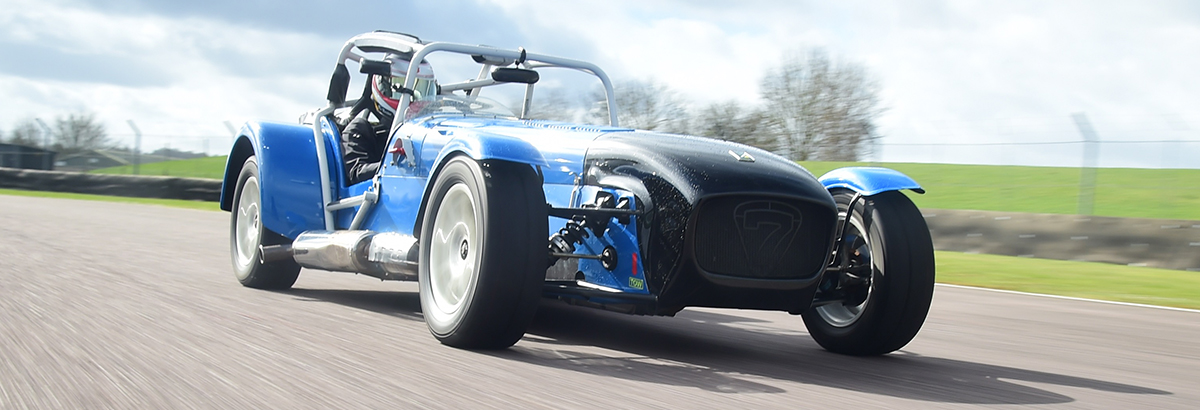 CATERHAM SEVEN ONE-2-ONE SKID PAN EXPERIENCE