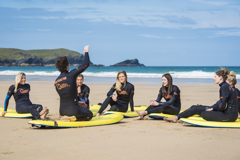 NEWQUAY SURF DAY PACKAGE – LESSON & EQUIPMENT HIRE